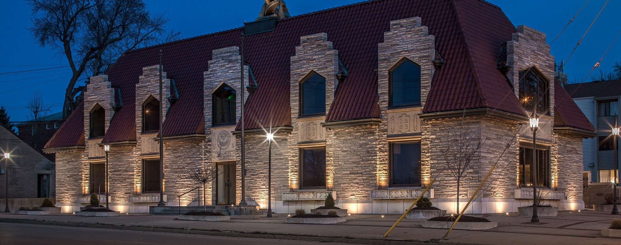 Education Facility Exterior Lighting - Landscape Lighting Schools & University Campus