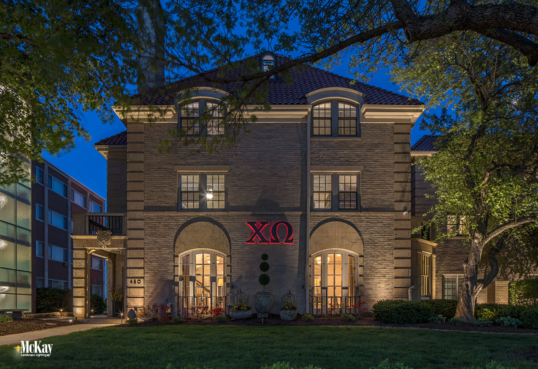 College Sorority Architectural Lighting Lincoln Nebraska McKay Landscape Lighting CHI 03
