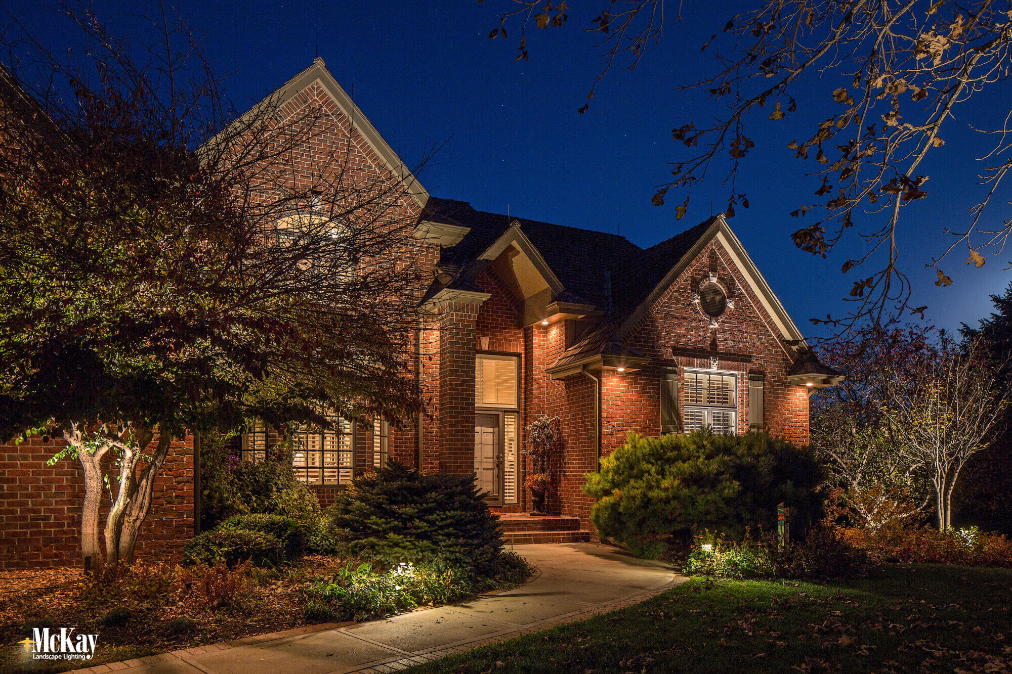 Landscape Lighting LED Upgrade Omaha Nebraska McKay Landscape Lighting T 05